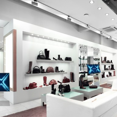 multitouch-touch-terminals-in-stores-full-integrated-solutions